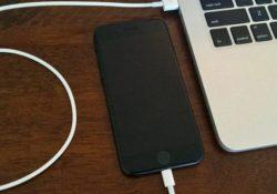 Hướng dẫn sao lưu iPhone hoặc iPad vào ổ cứng ngoài trên Windows PC